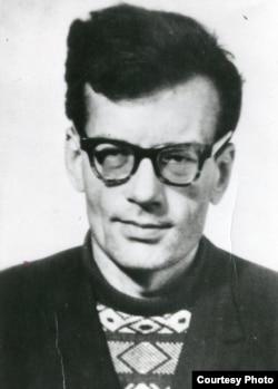 Кронид Любарский