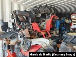 Kontejner pun zarđale poljoprivredne opreme zaplijenjene u luci Konstanca 26. avgusta.