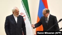 ARMENIA -- Armenian Foreign Minister Ara Aivazian (R) meets with his Iranian counterpart Mohammad Javad Zarif in Yerevan, January 27, 2021