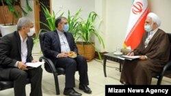 از راست: محسنی اژهای، غلامحسین اسماعیلی، القاصی (دادستان تهران)