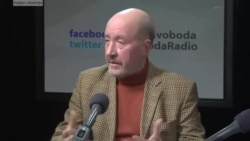"""Янукович медленно рубит сук"""