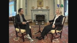 Clinton Speaks With VOA Persian Television