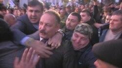 Протести 17 жовтня: депутат Барна побився із активістами (відео)