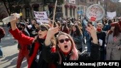"""Marsh kundër """"patriarkatit që vret"""""""