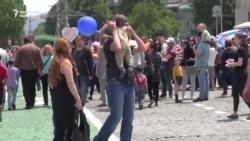 Georgians Celebrate Independence Day