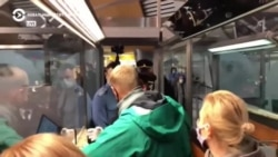 Задержание Алексея Навального в аэропорту Шереметьево (видео)