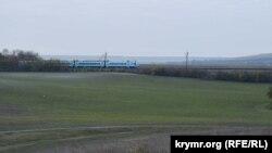 Через село Чистенькое и мимо участка будущего строительства ОРЦ проходит железнодорожная ветка