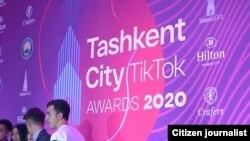 В прошлом году мэрия Ташкента организовала первую в Узбекистане церемонию TikTokAwards2020.