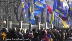 Самооборона Майдану пройшла довкола уряду й парламенту