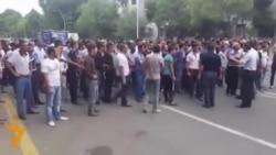 Azerbaijani Police Clash With Protesters In Mingachevir