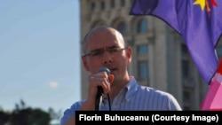 Florin Buhuceanu, reprezentant al Asociației ACCEPT.