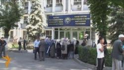 Акция в поддержку ношения хиджаба в Бишкеке