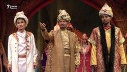 В Оше узбекский театр с вековой историей открыл 99-й сезон