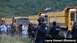 Granični prelaz Jarinje i dalje blokiran