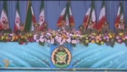 محمود احمدی نژاد در مراسم روز ارتش در تهران