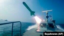 Военно-морские учения Ирана в Персидском заливе. 28 июля 2020 года.
