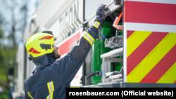 Техніка для пожежогасіння і рятувальних служб виробництва компанії Rosenbauer
