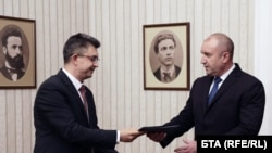 """Кандидатът за премиер на """"Има такъв народ"""" Пламен Николов представи структура и състав за кабинет на президента Румен Радев"""