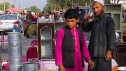 Se pénz, se munka: személyes tárgyaikat adják el afgánok a túlélésért