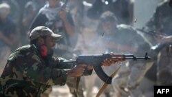Бойцы НПС пытаются подавить очаги сопротивления сторонников Каддафи в Сирте