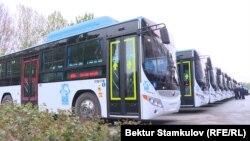 Новые автобусы производства ZHENGZHOU YUTONGBUS в Бишкеке.