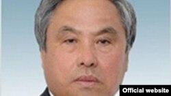 Жабал Ергалиев, депутат сената парламента Казахстана. Фото с сайта парламента.