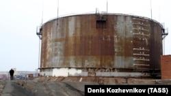 "Топливный резервуар на предприятии ""Норникеля"""