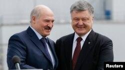 Аляксандар Лукашэнка і Пятро Парашэнка, ілюстрацыйнае фота