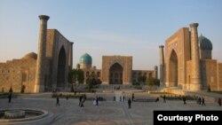 Майдони Регистон дар шаҳри Самарқанд.
