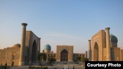 Registan Sqaure, Samarkand, Uzbekistan (courtesy of Shinichi Nagata)