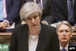 Premierul britanic Theresa May în Parlament, Londra, 23 martie 2017
