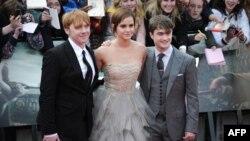 """Emma Watson, së bashku me aktorët e """"Harry Potter"""", Daniel Radcliffe dhe Rupert Grint"""
