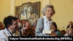 Яніна Хешелес, одна з небагатьох, хто врятувався після ліквідації львівського ґетто і Янівського концтабору