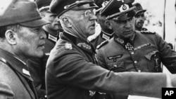 Посол Японии генерал Хироси Осима на ростовском фронте. Архивное фото