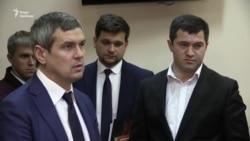 Суд оголосив перерву до ранку в справі Насірова