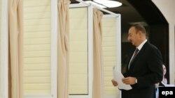 İlham Əliyev səs verir - 9 oktyabr 2013