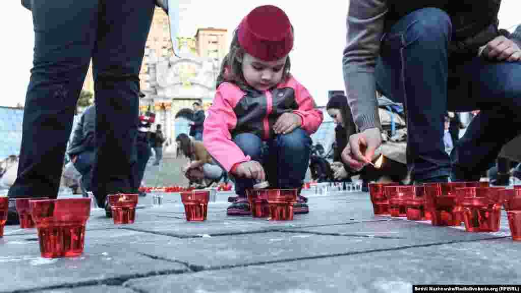 Дети помогали проведению акции наравне со взрослыми