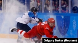 Російські хокеїстки поступилися збірній Фінляндії