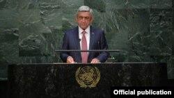 Президент Армении Серж Саргсян выступает на 70-й сессии Генеральной ассамблеи ООН, Нью-Йорк, 29 сентября 2015 г.