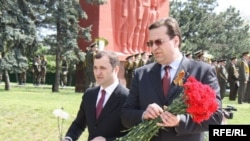 Prime Minister Vlad Filat (left) and Marian Lupu have both emerged as probable candidates for a direct presidential election, possibly splitting the coalition vote.