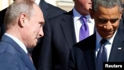 """Президент России Владимир Путин и президент США Барак Обама на саммите """"Большой двадцатки. Санкт-Петербург, 6 сентября 2013 года."""