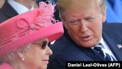 Доналд Трамп бо малика Елизабет