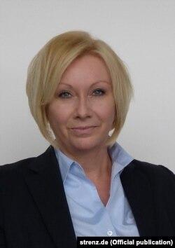 Karin Strenz (Fotografie oficială: strenz.de)