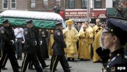 Рассела (Георгия) Тимошенко отпевали священники Русской православной церкви