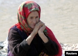 Удручённые опытом последних лет туркменистанцы ожидают, что увеличение зарплат на одну десятую приведёт к несоразмеримому повышению цен