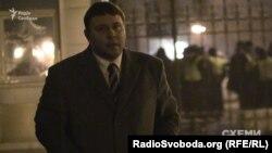 Суддя Верховного суду Іван Міщенко також не каже, чому прийшов в АП у пізній час