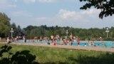 Езерото Треска кое е дел од Спортско-рекреативниот центар. Според Владата, со евентуалното прогласување на Туристичка развојна зона, комплекот Треска би добил можност да стане туристичка атракција.