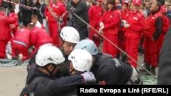 """""""Mbrotja civile"""" gjatë ushtrimeve simuluese në Mitrovicë, javën e kaluar."""