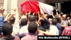 تشييع ضابط مصري قتل في رفح
