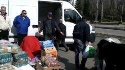 Жителі чотирьох західних областей відправили колону з харчами до Криму